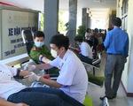 Tuổi trẻ hiến máu tình nguyện chống dịch COVID-19
