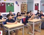 Học sinh Hà Nội nô nức tựu trường, chào đón năm học mới
