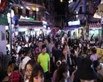 Quán bar ở Hà Nội 'tấp nập' đón khách sau lệnh cấm