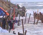 Ảnh hưởng bão số 5, bờ biển Quảng Nam sạt lở nghiêm trọng