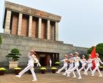 VIDEO đặc biệt: Quốc khánh Việt Nam qua các thời kỳ và lễ thượng cờ tại Lăng Chủ tịch Hồ Chí Minh năm 2020