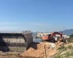Người dân sống trong lo âu vì dự án 'cầu treo'