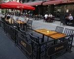"""Hàng loạt nhà hàng tại Mỹ đứng trước nguy cơ """"sập tiệm"""""""