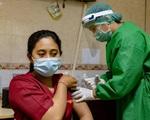 Vì sao Indonesia ưu tiên tiêm vaccine cho nhóm người tuổi trẻ?