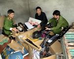 Bắt đối tượng tàng trữ, mua bán hơn 1,5 nghìn linh kiện súng hơi