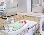 Hà Nội phát hiện 1 trẻ sơ sinh bị bỏ rơi