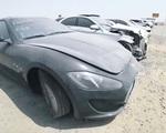 Vì sao ở Dubai có nhiều xe sang và siêu xe bị vứt bỏ như rác?