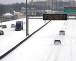 6 triệu liều vaccine bị vận chuyển chậm trễ vì bão tuyết kỷ lục tại Mỹ