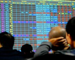 Thị trường chứng khoán 'xanh vỏ, đỏ lòng'
