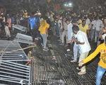 Sập khán đài sân vận động ở Ấn Độ, hơn 100 người bị thương