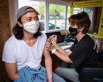 Nhiều bang tại Mỹ dừng tiêm vaccine Johnson & Johnson