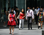 Các trung tâm tài chính thế giới chật vật kéo nhân viên trở lại - ảnh 1
