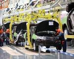Thiếu hụt chip đẩy ngành sản xuất ô tô rơi vào cảnh 'ăn không ngồi rồi'