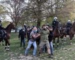 Bỉ bắt giữ hơn 130 người phản đối lệnh phong tỏa do dịch COVID-19