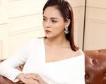 Thu Quỳnh ép cân để trở thành cô thư ký xinh đẹp trong Hương vị tình thân