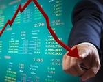 Nhà đầu tư hoảng loạn bán tháo, VN-Index thủng mốc 1.300 điểm