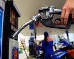 [INFOGRAPHIC]: Giá xăng tăng mức cao nhất trong hơn 2 năm