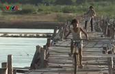 Mong manh những cây cầu tạm ở Gia Lai