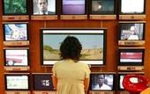 """Truyền hình phi truyền thống: Từ """"người bán báo dạo"""" trở thành"""