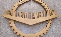 ADB pledges 1.2 billion USD annual loan for Vietnam