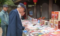 Hanoi book fair promotes literature