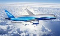 Boeing hands over first 787 Dreamliner