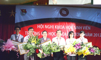 Vietnamese students achieve higher ranks in international competitions