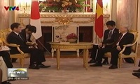 Party General Secretary meets with Japan's Foreign Minister