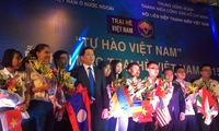 Summer camp connects Vietnamese overseas youths