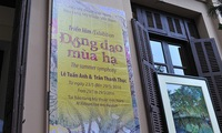 Summer-themed painting exhibition opens in Hanoi
