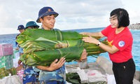 New Year supplies shipped to Spratly Islands