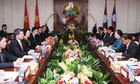 Vietnamese, Lao NA leaders hold talks