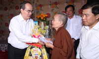 VFF President visits Tra Vinh