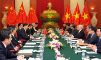 Vietnam - China celebrated