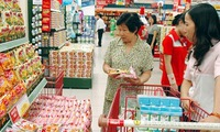 Vietnamese consumers enjoy domestic products