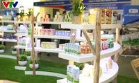 International dairy exhibition debuts in Hanoi
