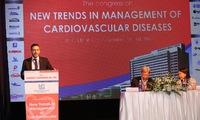 Doctors discuss hearts