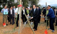 President launches tree-planting festival