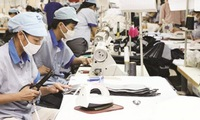 Enterprises and vocational college cooperate in training laborers