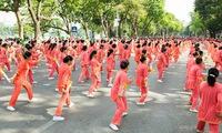 Art activities for the elderly in Hanoi
