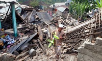 Indonesia focuses on post-earthquake rescues