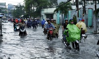 Ho Chi Minh cirty prepares for coming floods