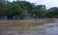 Support for people isolated in flooded areas
