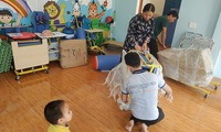 Medipeace offers rehabilitation equipment to disabled children in Quang Tri