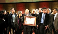 Vietnamese expatriates mark 100th anniversary of Overseas Vietnamese movement in France