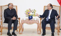 PM hosts Indian Ambassador in Vietnam