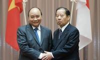 PM receives Chairman of Japan - Vietnam Friendship Parliamentary Alliance