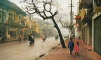 Ancient Hanoi through the image of timeless signs