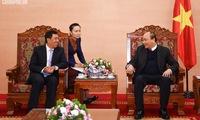 Prime Minister praises Vietnam-Laos banking cooperation
