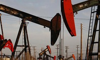 Oil prices climbs as US threatens sanctions against Venezuela